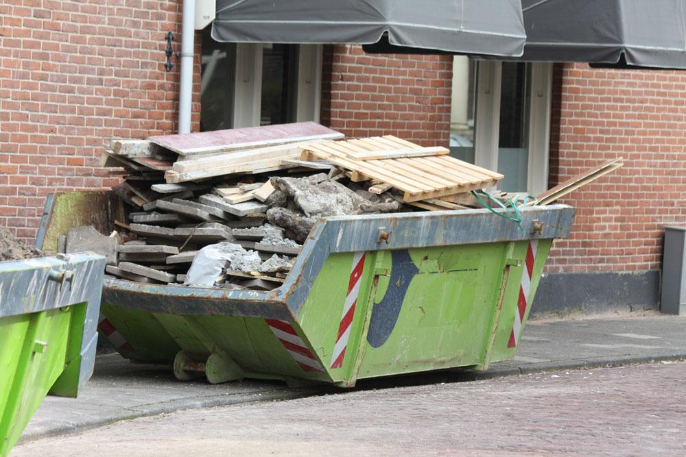 можно ли строительный мусор выбрасывать в контейнер
